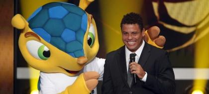 Fuleco-e-Ronaldo
